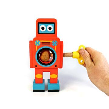 15. מפצח אגוזים בצורת רובוט, 135 שקל, חנות מוזיאון ת''א (צילום: Suck UK)