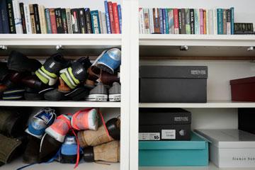 נקו את יחידות האחסון וסדרו לפי נגישות, בהתאם לעונת השנה (צילום: אוריה תדמור )