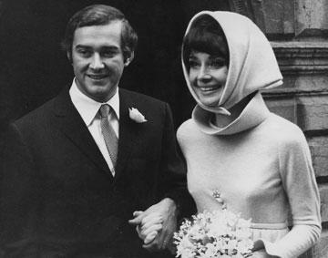 בגד בה בלי הפסקה. עם בעלה השני, אנדראה דוטי (צילום: gettyimages)