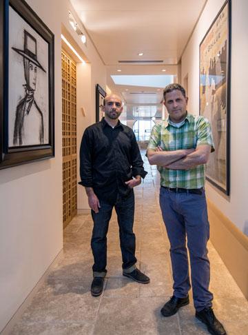 האדריכלים מתי רוזנשיין (מימין) ואליוט לזרוס (צילום: אילן נחום)