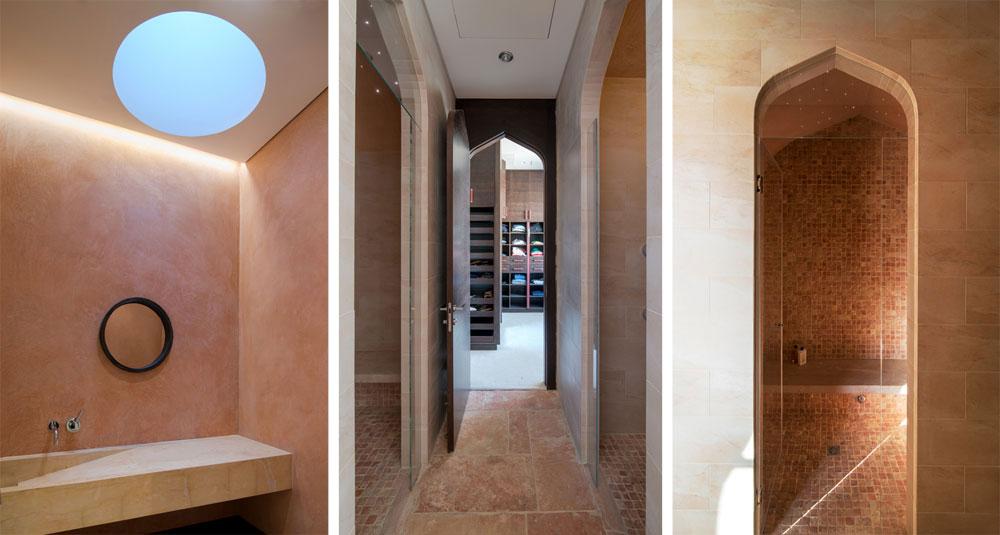 מימין: מקלחון ביחידת ההורים. באמצע: אחד משני חדרי הארונות. משמאל: עוד חדר רחצה בבית, מואר ומאוורר באמצעות חלון בתקרה (צילום: אילן נחום)
