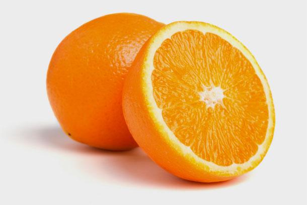 תפוזים. אל תוותרו על אכילת הקליפה לבנה (צילום: shutterstock)