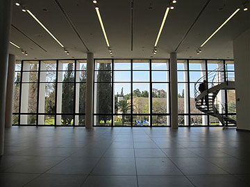 בקומת הקרקע מוקם מרכז מבקרים עם מופע אורקולי (צילום: מיכאל יעקובסון)