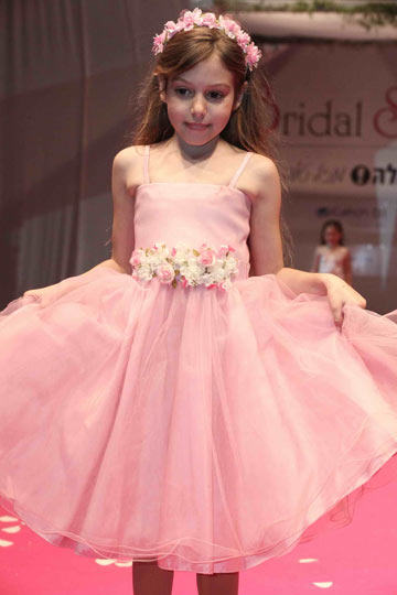 שמלה של סוויט גירל שופ (אקספוז צלמים)