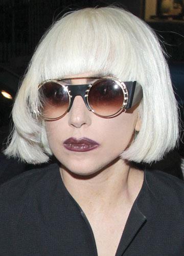 ישר כמו מקלות. ליידי גאגא (צילום: splashnew / asap creative)