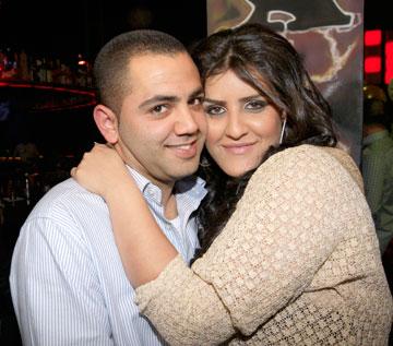 עינב בובליל ואלי בנישתי במסיבת האירוסין שלהם. החיים כתוכנית ריאליטי (צילום: רפי דלויה)