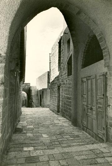 יפו העתיקה. פרשנות ישראלית יהודית לסביבה עירונית ערבית (צילום: אליעזר פרנקל)