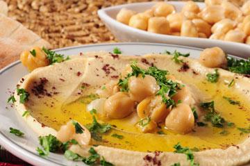 מזון מושלם לקוצרים. חומוס (צילום: thinkstock)