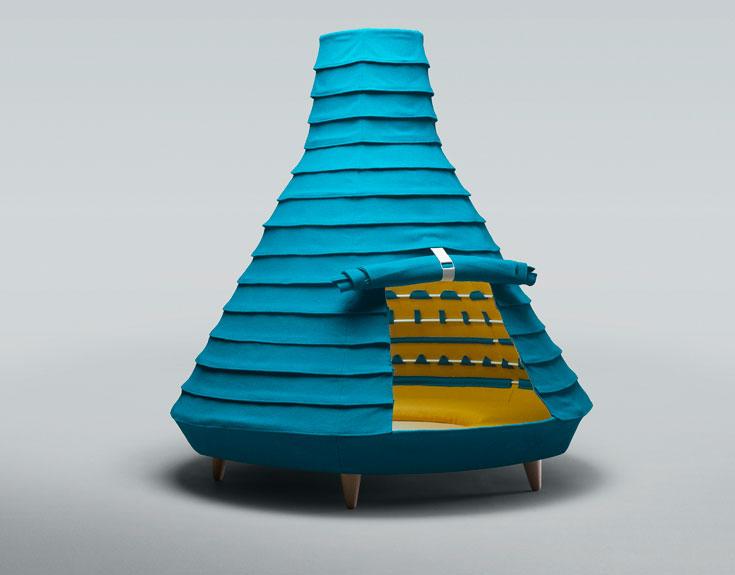 סטודיו מרמלדה הספרדי הכין מהטקסטיל הזה, שעשוי תערובת של צמר וויסקוזה, את הרהיט הבא