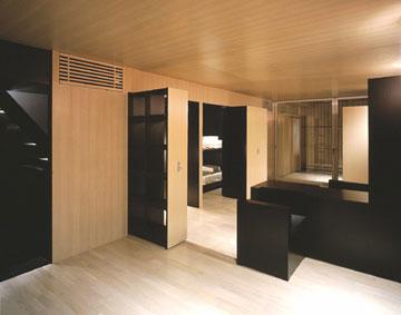 בית המגירות. הרהיטים נשלפים מהקירות (מתוך nendo.jp)