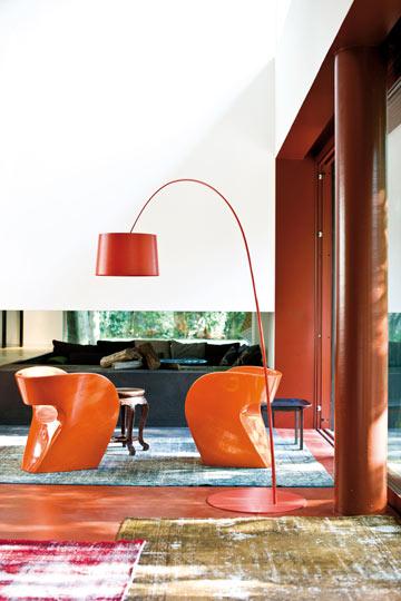 כסאות של רון ארד ל''מורוסו'' (באדיבות טולמנ'ס)