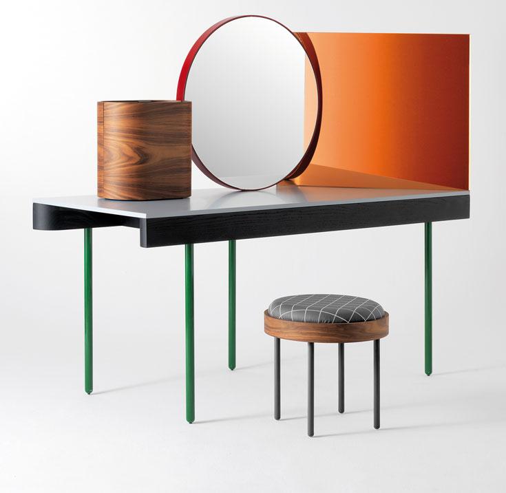 ועוד פוסט פוסט מודרניזם: Chandlo של דושי-לוין ל-Design Barcelona. שולחן איפור בהשראת טקסטורות הודיות, מדויק כמו העבודות האחרות של הצמד