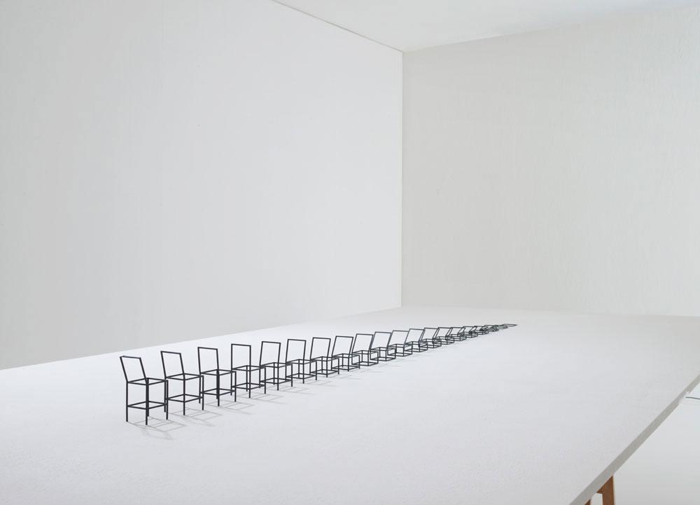 Birth of a chair. מתוך התערוכה בגלריה דילמוס במילאנו, בשבוע העיצוב 2012