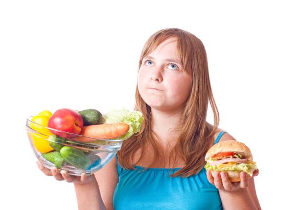 לבני נוער שמנים במצב פסיכולוגי טוב יותר ישנם כלים טובים יותר להצליח לשנות הרגלי אכילה  (צילום: shutterstock)