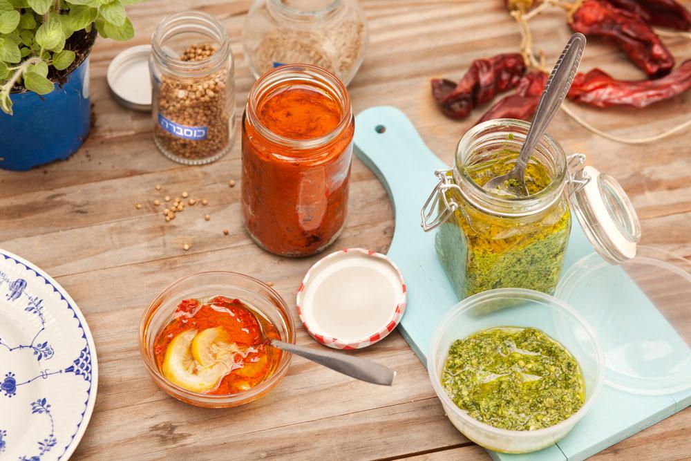 משדרגים כל ארוחה או מרינדה: ממרח אריסה וממרח פסטו (צילום: רן גולני)