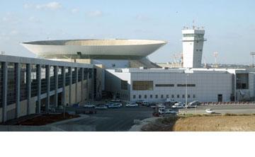 טרמינל 3 בנתב''ג. תיכנן את מסוף היוצאים (צילום: צביקה טישלר)