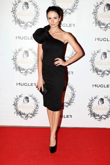 """מרינה קבישר בשמלה מהאתר Asos. """"בדקה ה-90 החלטתי ללבוש את השמלה הזאת, שעלתה משהו כמו 100 דולר"""" (צילום: אורית פניני)"""