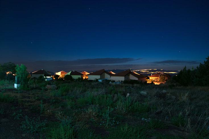 גשור. שקט של כפר (צילום: אילן נחום)