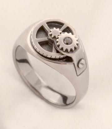 טבעת משיתוף הפעולה של סמי די ואיזי בלנגה (צילום: כרמית חסין)