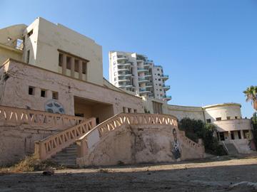 מלון אליזבט. המבנה מחכה ליזם שיחדש את ימיו היפים (צילום: מיכאל יעקובסון)