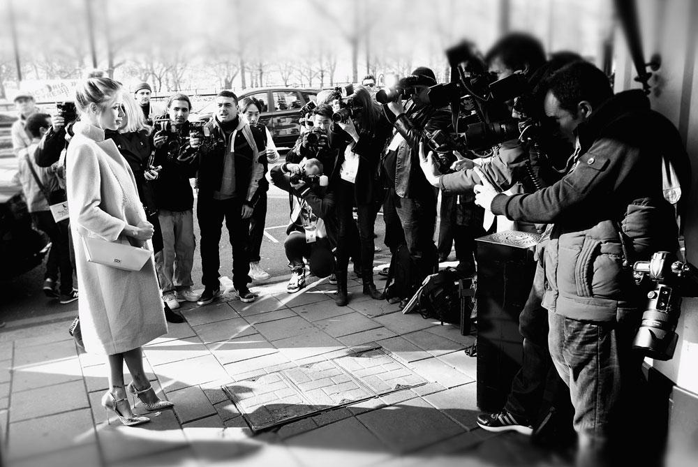 פיצ'ס גלדוף בשבוע האופנה בלונדון. הותירה אחריה בעל, המוזיקאי תומס כהן, ושני בנים קטנים (צילום: gettyimages)