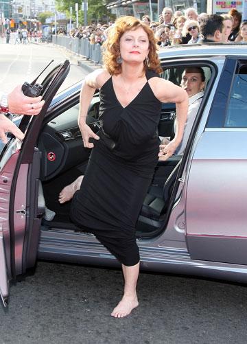 השארתי את הנעליים באוטו. סוזן סרנדון (צילום: gettyimages)