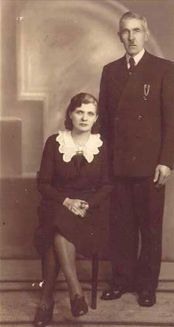 סטניסלבה ווייצ'ורק, חסידת אומות העולם, עם בעלה (מתוך האלבום הפרטי)