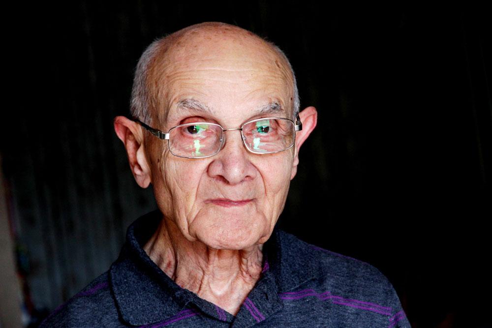 """על מרד גטו ורשה: """"לא העסיקה אותי ההתקוממות של היהודים בגטו, רק רציתי להבין איך אני שורד גם מחר"""". פרופ' דב וייסברג (צילום: קובי בכר)"""