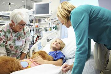 ליווי ילדים לטיפולים רפואיים (צילום: thinkstock)