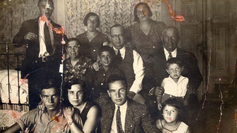 משפחת שוורץ בווילנה, ימי טרום המלחמה (מתוך אלבום פרטי יעל ראובני)