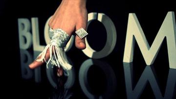 מתוך הקמפיין של חברת התכשיטים BLOOM (צילום: אלכס קוצ'רנקו)