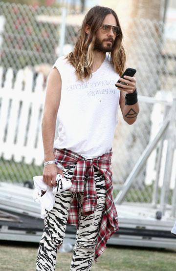 מי אמר שמכנסי זברה זה רק לנשים? ג'ארד לטו בפסטיבל קואצ'לה (צילום: gettyimages)