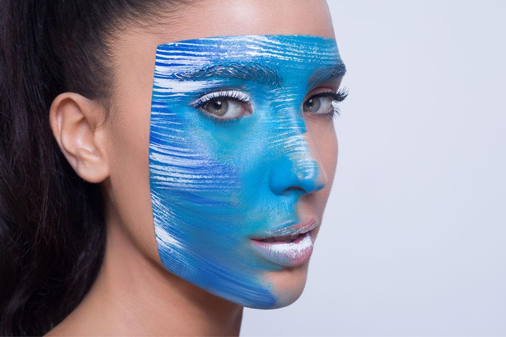 לקראת יום העצמאות: מור ממן בקמפיין מיוחד של המומחית לאסתטיקת העור, חוה זינגבוים (צילום: עמיר צוק)