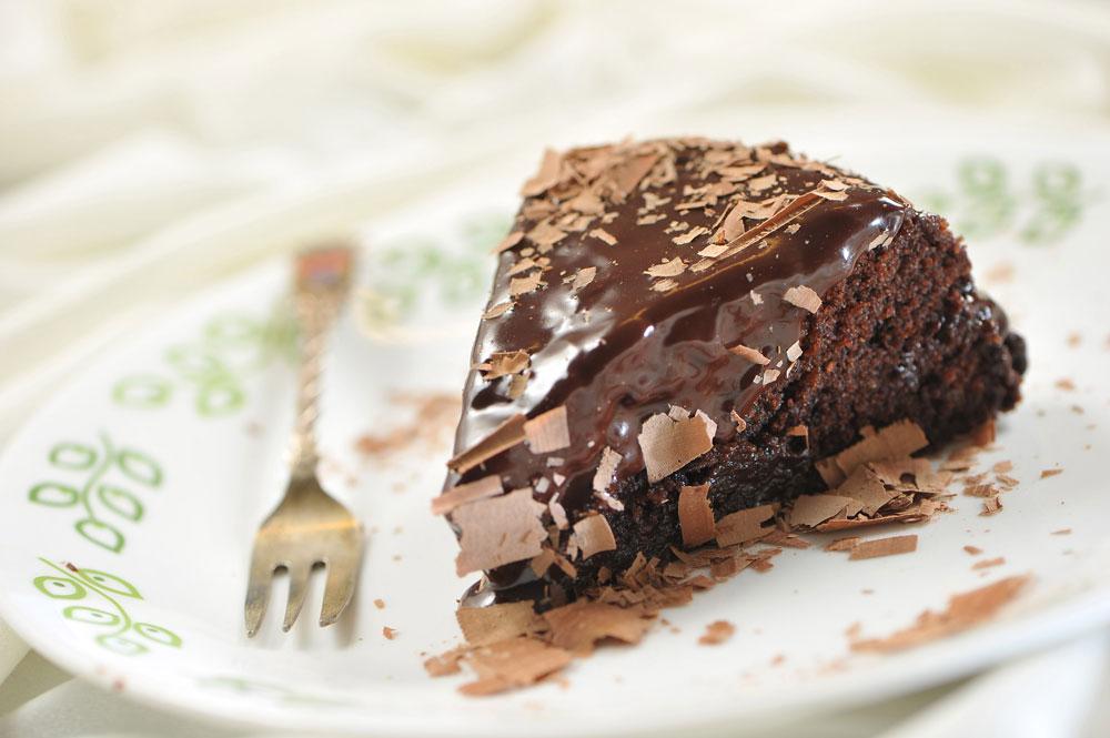 עוגת שוקולד טבעונית במיקרוגל  (צילום: דודו אזולאי)
