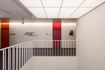 אחת מ-3 קומות החדרים (צילום: אביעד בר נס)