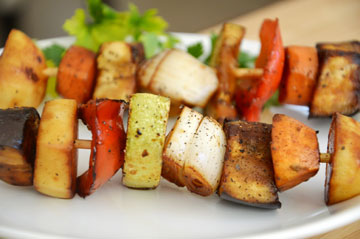 שיפודי ירקות (צילום: אפרת סיאצ'י)
