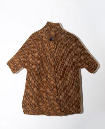 """חליפה בעיצוב פיני לייטרסדורף למשכית, מתוך """"1965 היום"""" (באדיבות הארכיון לאופנה ולטקסטיל עש בנט ופאולין רוז בשנקר)"""