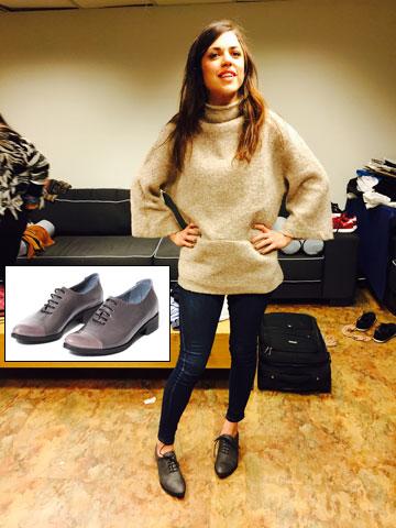 השחקנית נעמי לבוב קולית בנעליים מדגם דרבי של קאפל אוף (280 שקל) (צילום: רפי דלויה)