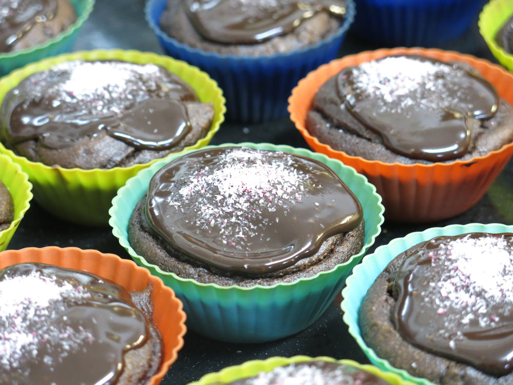 מאפינס שוקולד טבעוניים  (צילום: גלי לופו-אלטרץ )