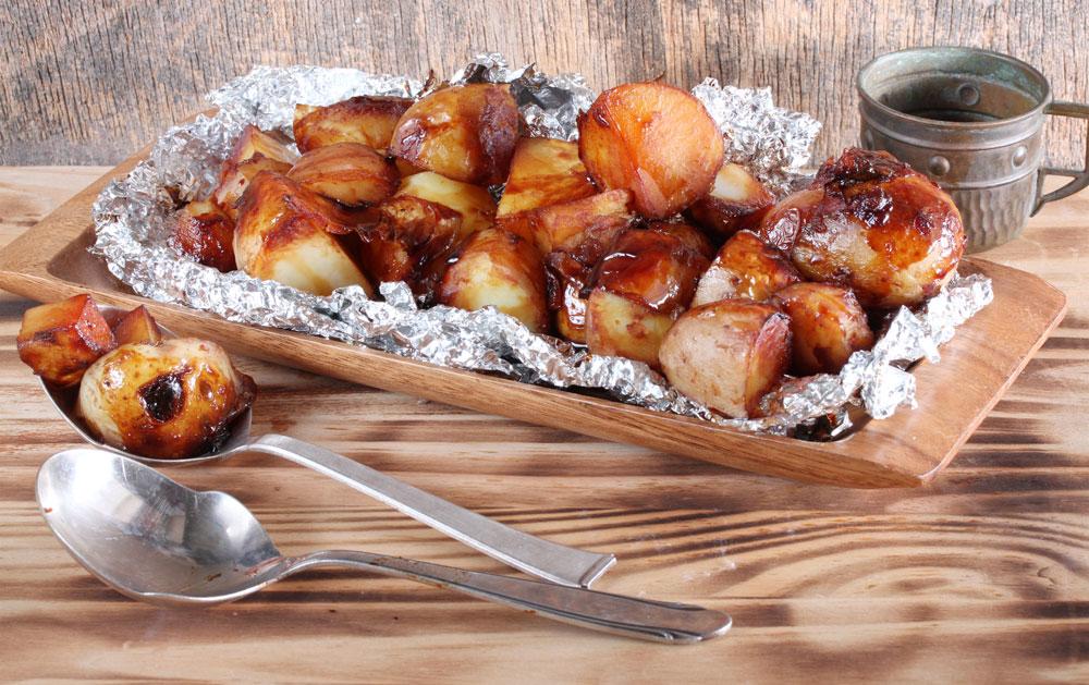 תפוחי אדמה בסילאן ורוטב סויה (צילום: אסנת לסטר )