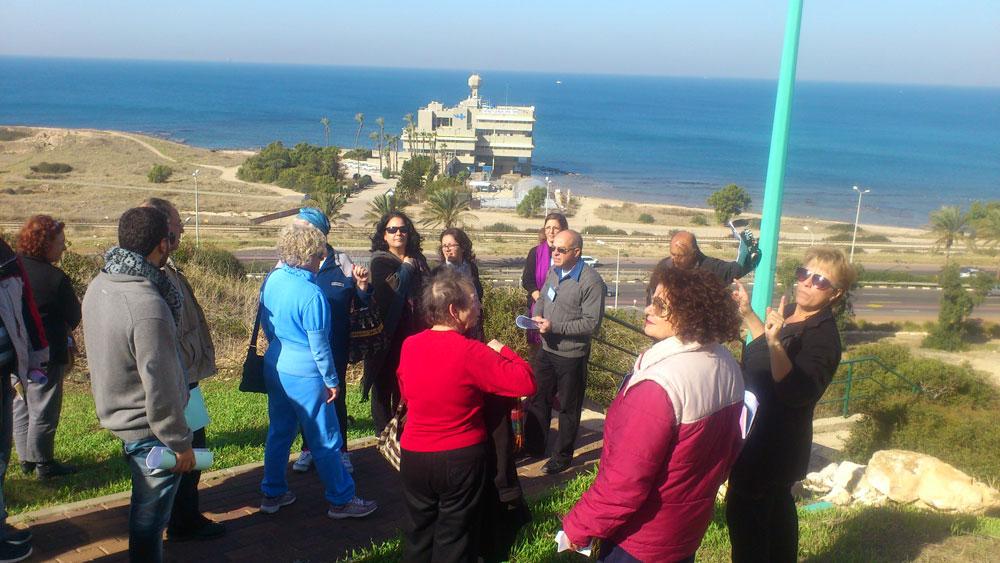 """אחד האזורים הפחות ידועים בחיפה, עין הים, יזכה להליכה בהובלתם של פעילים שכונתיים שיספרו על החיים בו (צילום: מרכז קלור, שלוחת מתנ""""ס ליאו באק)"""