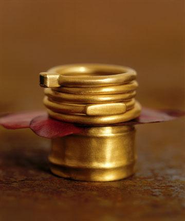 אגס ותמר. עד 30 אחוז הנחה על טבעות נישואים ואירוסים (צילום: רון קדמי)