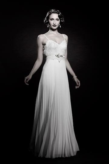 מיוצגת של אורגל: מיה רובין, מתוך הקטלוג של המעצב ארז עובדיה (צילום: עידו לביא)