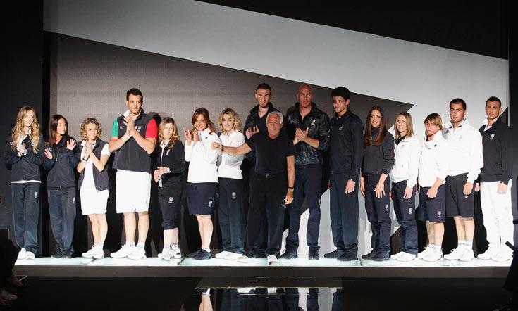 מדי נבחרת איטליה בעיצוב ג'ורג'יו ארמאני (צילום: gettyimages)