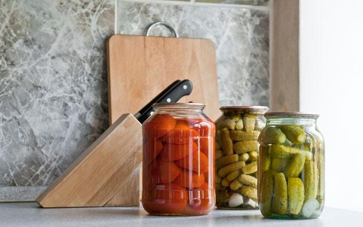 ללא חומרים משמרים. מחמצים תוצרת בית (צילום: thinkstock)