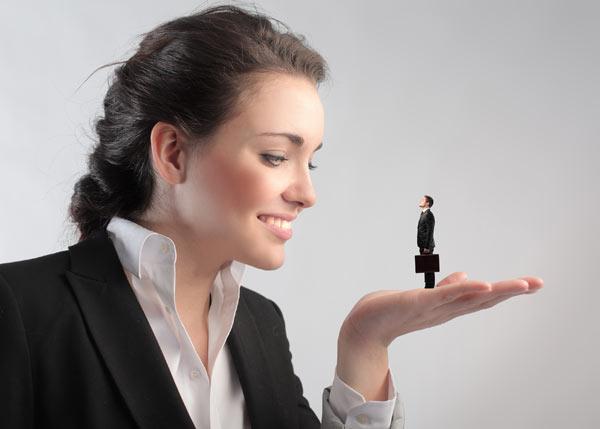 לא הגיע הזמן שנחזיר את הגברים לגודלם הטבעי? (צילום: shutterstock)