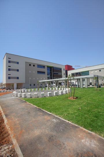 בשנה שעברה היריד היה כאן, בבית הספר החדש בצפון-מערב ת''א (צילום: אמית הרמן)