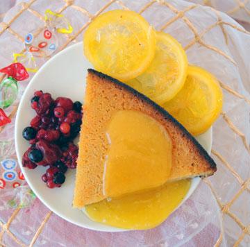 אפשר להגיש גם עם קרם לימון. קסאדה פאסייגה  (צילום: סמדר וייס)