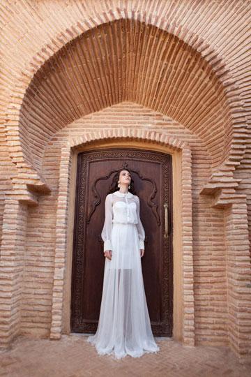 הקולקציה של עידן כהן. ''בכל השמלות שלי יש מקום לאגן, לידיים ולישבן'' (צילום: שי יחזקאל)
