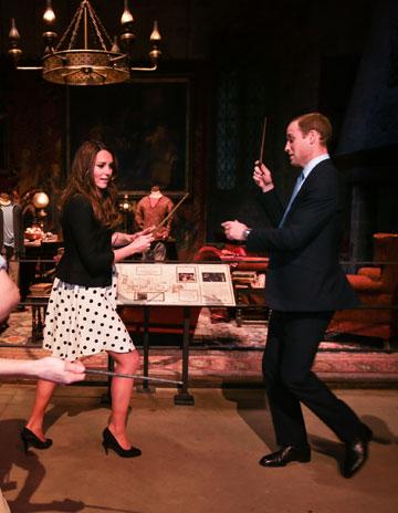 כמו באגדות. הנסיך והנסיכה משחקים בהארי פוטר (צילום: gettyimages)
